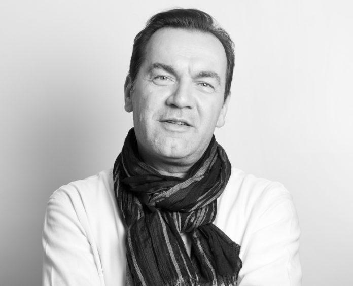 Ivo J Franschitz