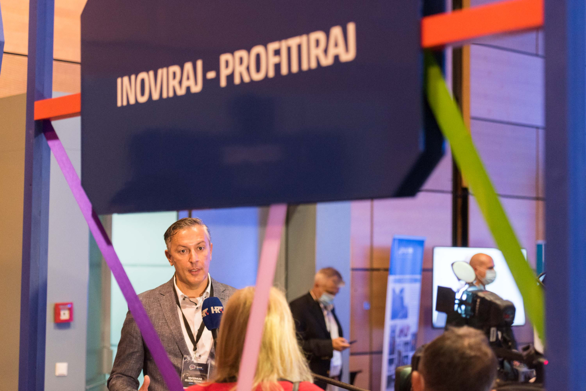 hgk-inoviraj-profitiraj-komunikacijski-laboratorij-best-event